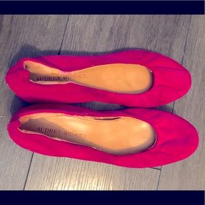 7.5 Audrey brooke pink slippers